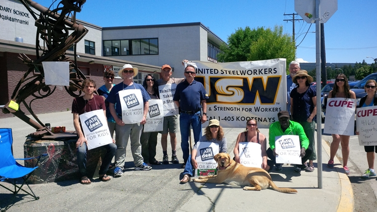 USW stands with BC Teachers.jpg